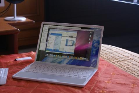 macbook_nano.jpg